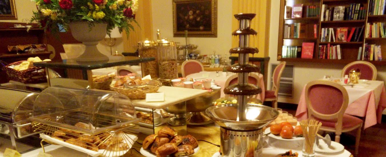 Dentro caravaggio mostra a milano hotel santa barbara for Caravaggio a milano